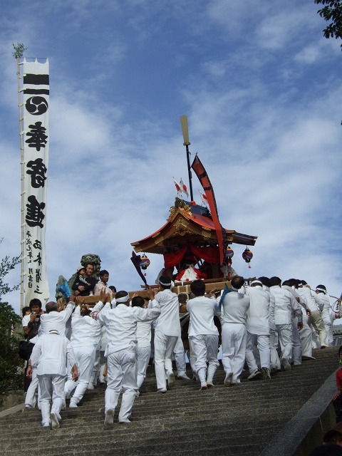 坂八幡宮 秋祭 本祭り その3 頂戴奉納の続き_b0095061_1221319.jpg