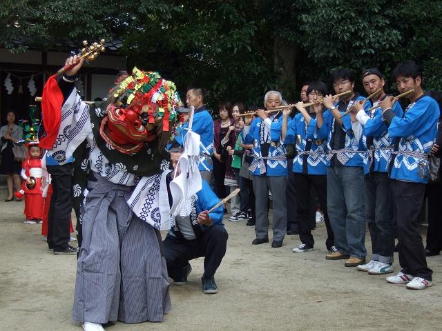 坂八幡宮 秋祭 本祭り その4 獅子舞奉納・おかめひょっとこ_b0095061_12283714.jpg