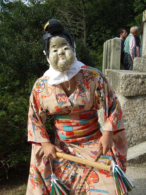 坂八幡宮 秋祭 本祭り その4 獅子舞奉納・おかめひょっとこ_b0095061_12295075.jpg