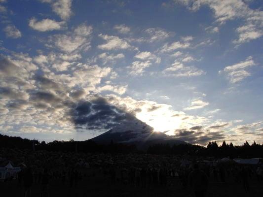 富士山はすごい。_e0194796_22142248.jpg