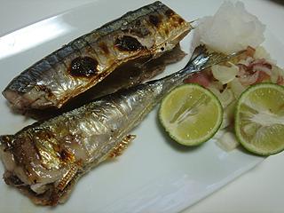 秋刀魚の塩焼き_c0025217_2345188.jpg