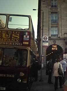 UK物語#015 ロンドンで美味しい朝食を♪@The Wolseley_b0051666_7534057.jpg