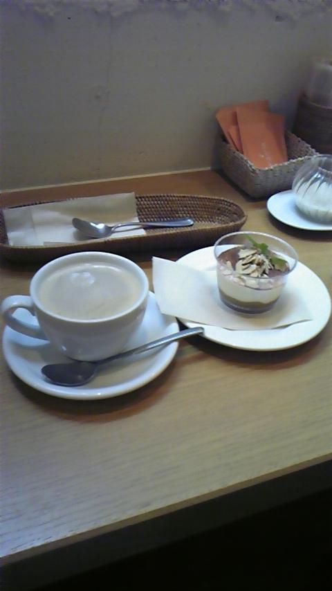 みどりえレストラン&カフェ_a0112393_22381259.jpg