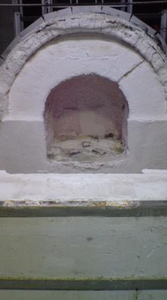 窯の修理中_c0212902_23391474.jpg