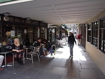 UK物語#016 ホテルのバー&裏通りにあった素敵なカジノ_b0051666_0142834.jpg