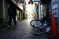 風街ろまん いい匂い 71  「泣ける朝に」_c0121570_1151867.jpg