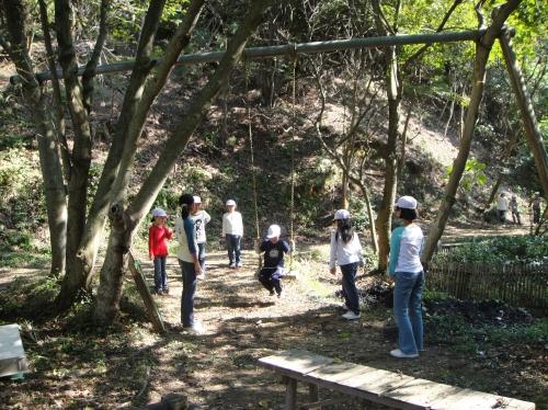 定例活動日:「多奈川小学校縦割り遠足」サポート_c0108460_20215851.jpg