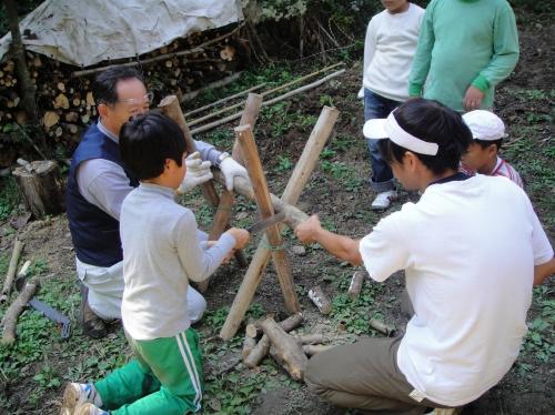 定例活動日:「多奈川小学校縦割り遠足」サポート_c0108460_20231238.jpg