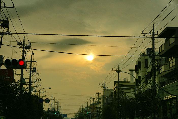 雲の日の朝_e0077521_182437.jpg