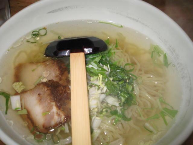麺屋みやざわ/塩ラーメン_a0093332_22273830.jpg