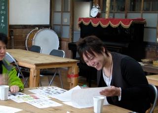 京子おばちゃんの絵本_e0001954_14433988.jpg