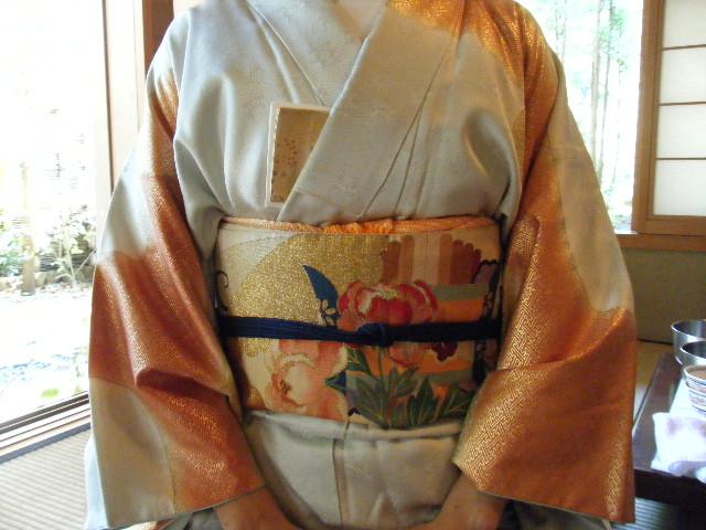 鶴岡八幡宮でのお茶会_e0142956_1823897.jpg