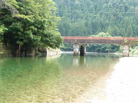 一体?太田川上流の水は..?_b0076008_21212858.jpg