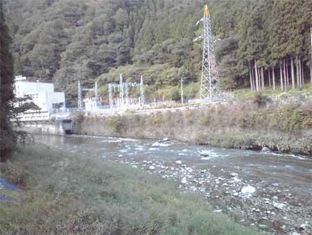 一体?太田川上流の水は..?_b0076008_21251630.jpg
