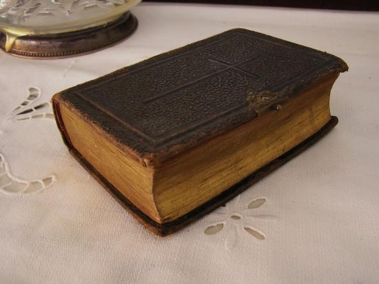 Book 103 19世紀の宗教の本 値下げ_f0112550_4313010.jpg
