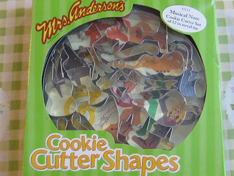 cookie cutter shapes_e0188003_21123152.jpg