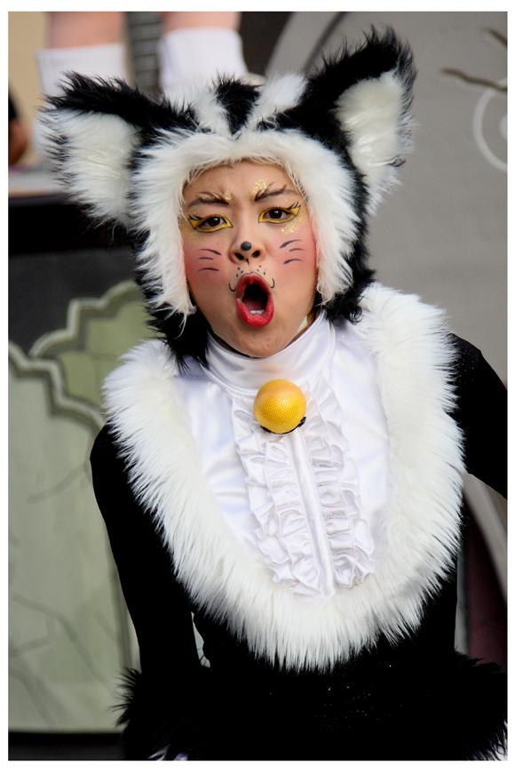 ハロウィン・キャラクターパレード_c0118543_2237139.jpg