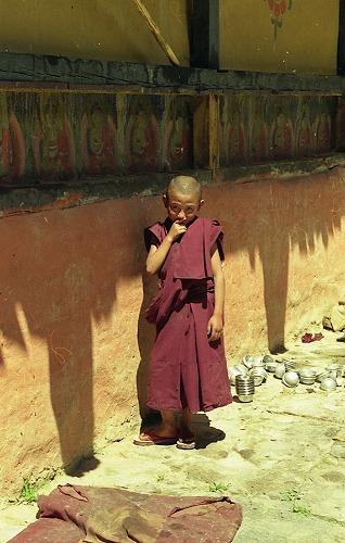 ブータンの子供たち_c0124100_2171340.jpg