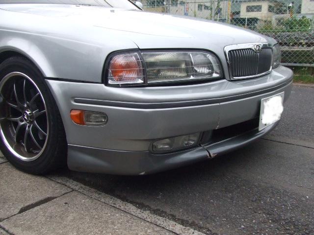 車を擦った傷、バンパー補修 などの板金塗装 修理_b0123820_1241981.jpg