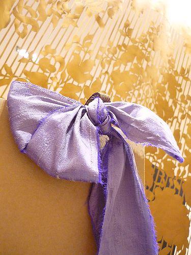 カンボジアからの贈り物@ 代官山アドレス・ディセ|17dixsept。。。* *。:☆.。†_a0053662_1111587.jpg