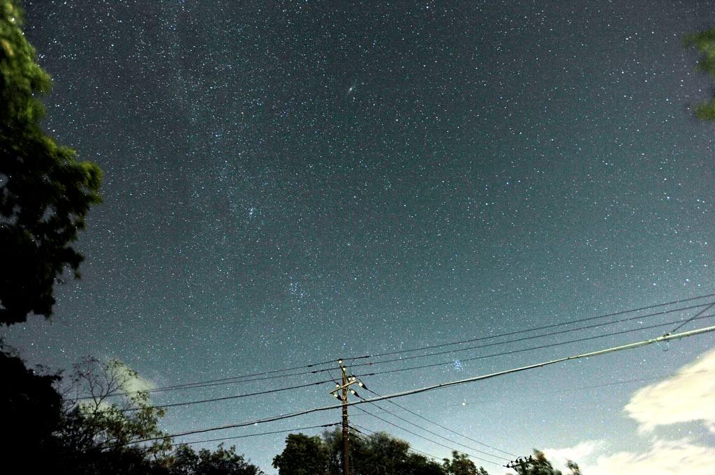 ホバリング/那須の夜空_b0024798_665798.jpg