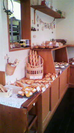 京都郊外のパン屋さん_a0115906_16215562.jpg