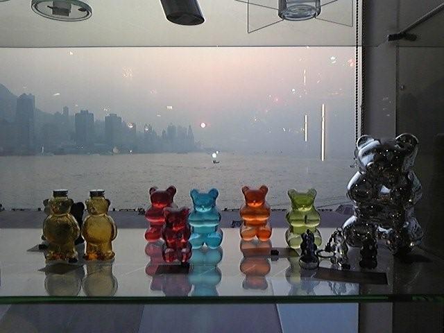 商談は香港だけど、相手はすべてアメリカ人_d0148223_8501260.jpg