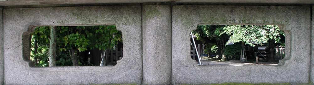 隅丸方形の透かしを持つ欄間部(その12)_e0113570_11204848.jpg