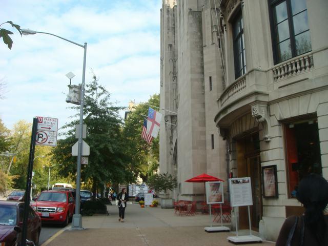 五番街は90丁目あたりもMuseumだらけ、_d0100880_19475935.jpg