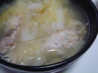 まぐろ刺身と鶏しょうがスープ_c0025217_19434683.jpg