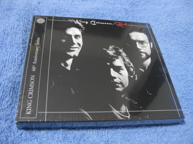 KING CRIMSON / RED (40th Anniversary Series CD + DVD-AUDIO)_c0065426_2336954.jpg