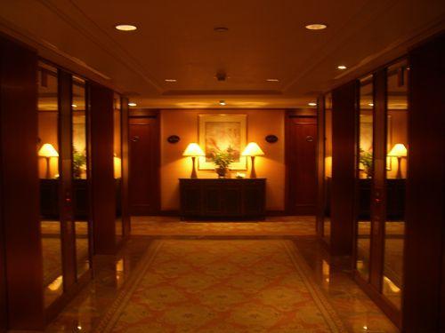 旅行記 香港AUG2009 013 (コンラッド香港 朝の写真)_f0059796_0242186.jpg