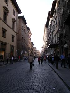 静かなフィレンツェ~ドゥオーモ前広場_f0106597_2252688.jpg