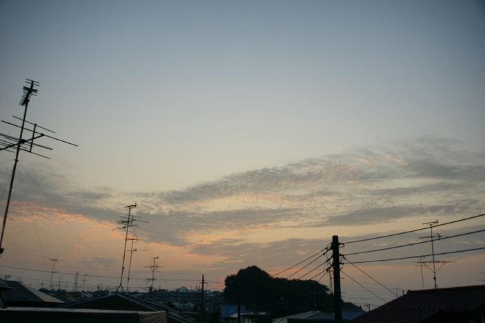 流れ雲の朝_e0077521_2147086.jpg