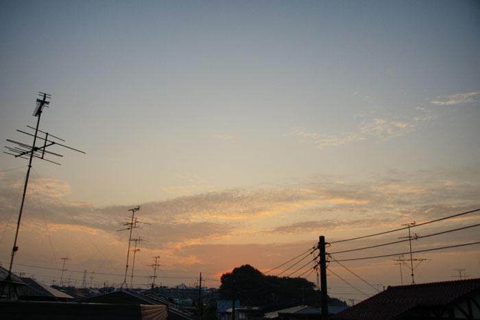 流れ雲の朝_e0077521_2147403.jpg