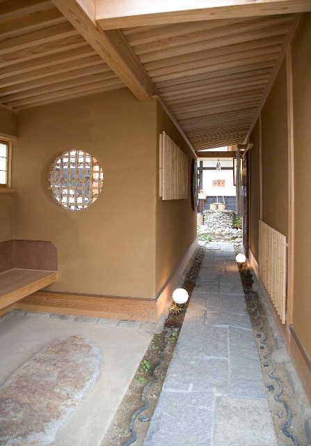 建築デザイン      平成十八年十月  観音寺 白栄堂_c0121339_16432650.jpg