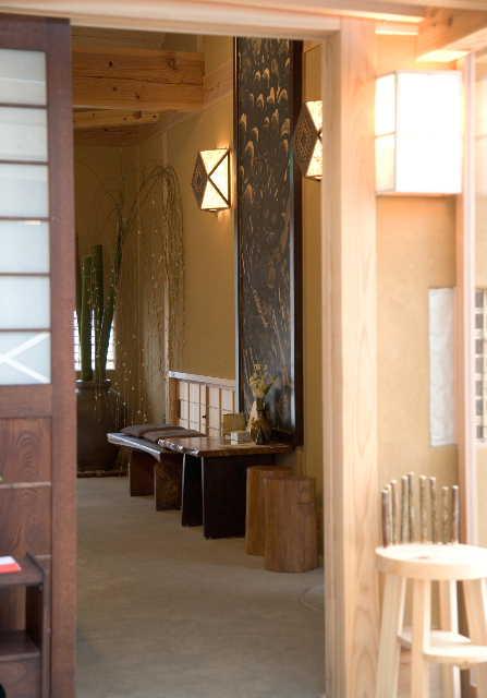 建築デザイン      平成十八年十月  観音寺 白栄堂_c0121339_17541.jpg