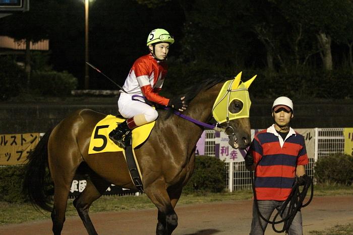 2009年10月24日(土) 高知競馬 7R 旅打ちニッポン協賛 高知旅打ち記念特別 B4_a0077663_525056.jpg
