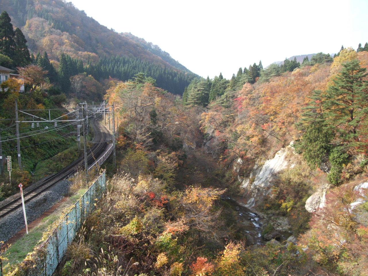 トンネルの向こうは青空だった@天童高原へ_f0100593_15545879.jpg