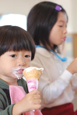 幼稚園バザー_e0195830_2048519.jpg