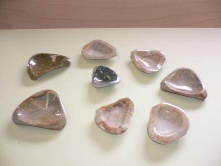 石の皿_c0160758_1335490.jpg