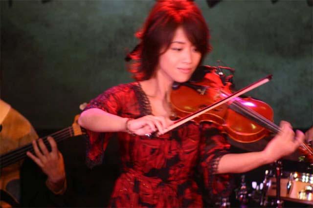 NHK教育テレビでライブ生中継!_b0131865_0553172.jpg