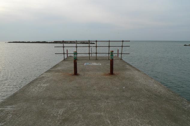 forgotten beach, #1_e0174281_1458167.jpg