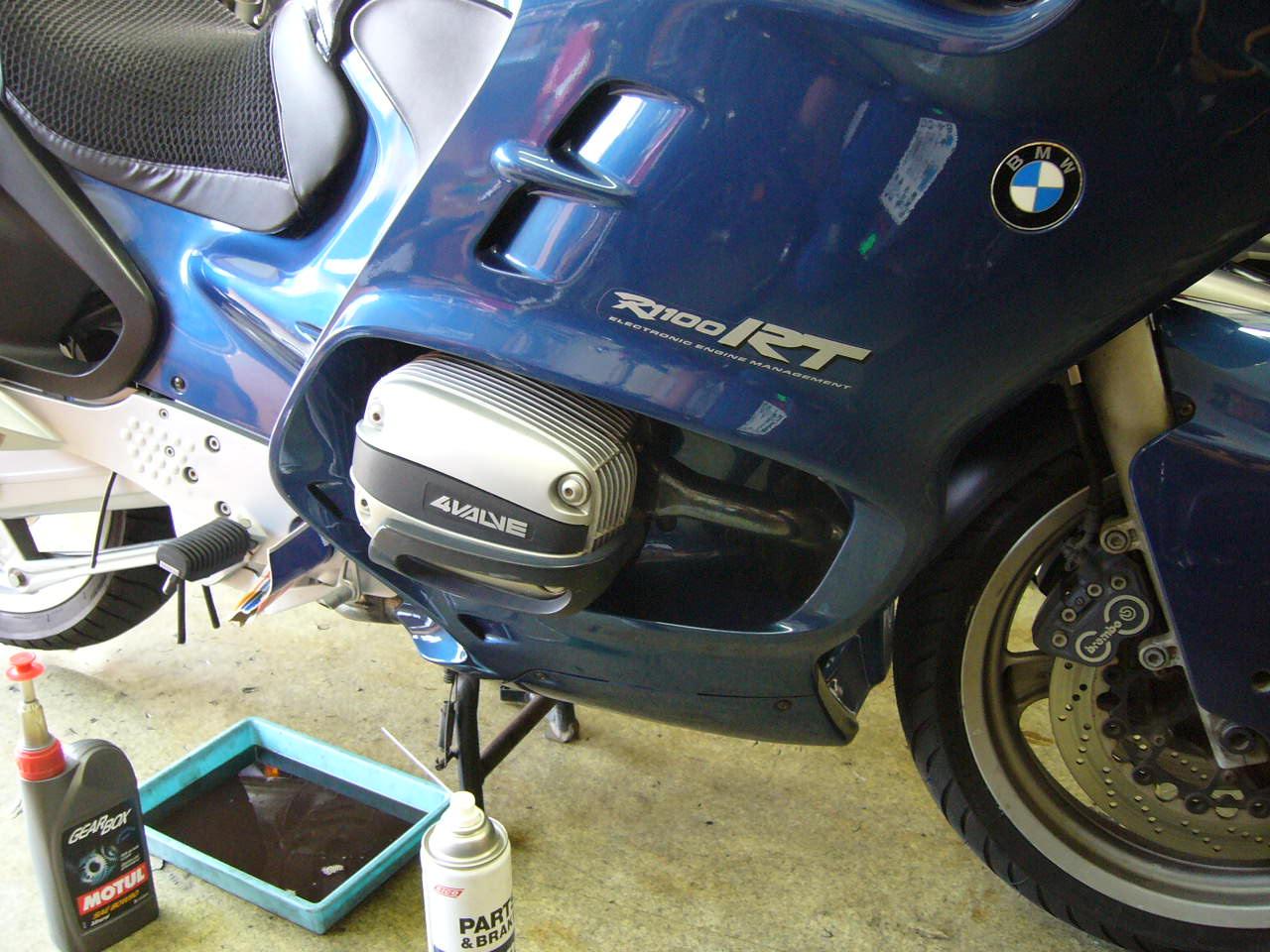 BMW R1100RT _b0133403_2112747.jpg