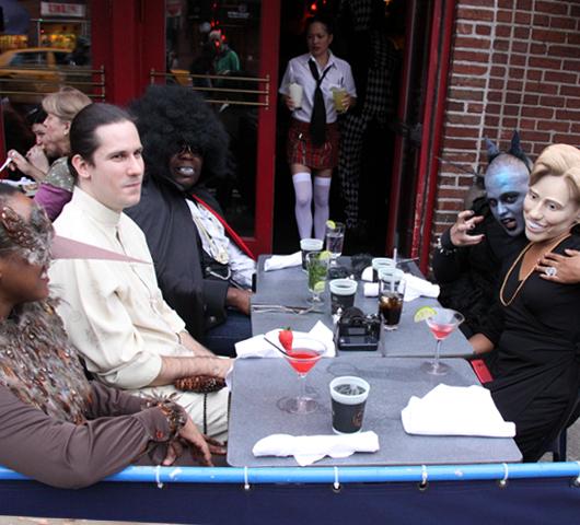 ニューヨークのハロウィン・パレード:当日午後の楽しみ方_b0007805_16133774.jpg
