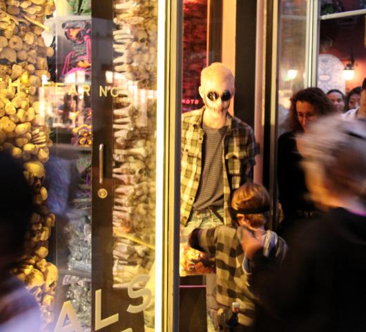 ニューヨークのハロウィン・パレード:当日午後の楽しみ方_b0007805_16544319.jpg