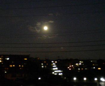 今宵の月は_b0102193_18173866.jpg