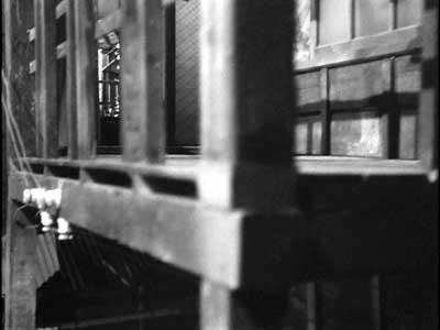 『乳母車』(石原裕次郎主演、田坂具隆監督、1956年日活映画)の美術 その4  _f0147840_23565258.jpg