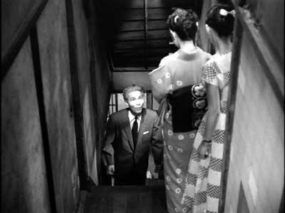 『乳母車』(石原裕次郎主演、田坂具隆監督、1956年日活映画)の美術 その4  _f0147840_23574847.jpg