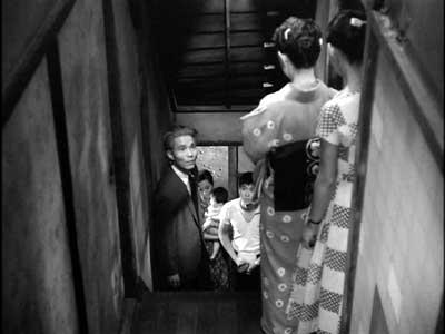 『乳母車』(石原裕次郎主演、田坂具隆監督、1956年日活映画)の美術 その4  _f0147840_2358734.jpg